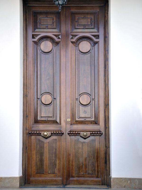 Serranosa madera y creatividad - Puerta antigua de madera ...